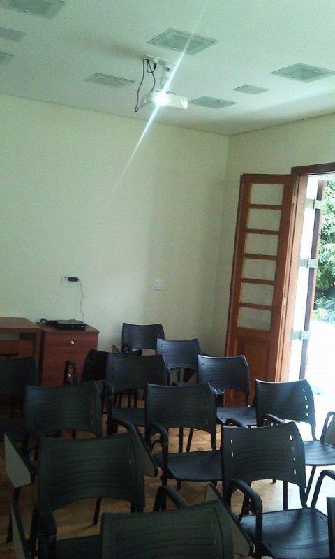 Aluguel de Sala de Estudo Santa Efigênia - Alugar Sala para Treinamento