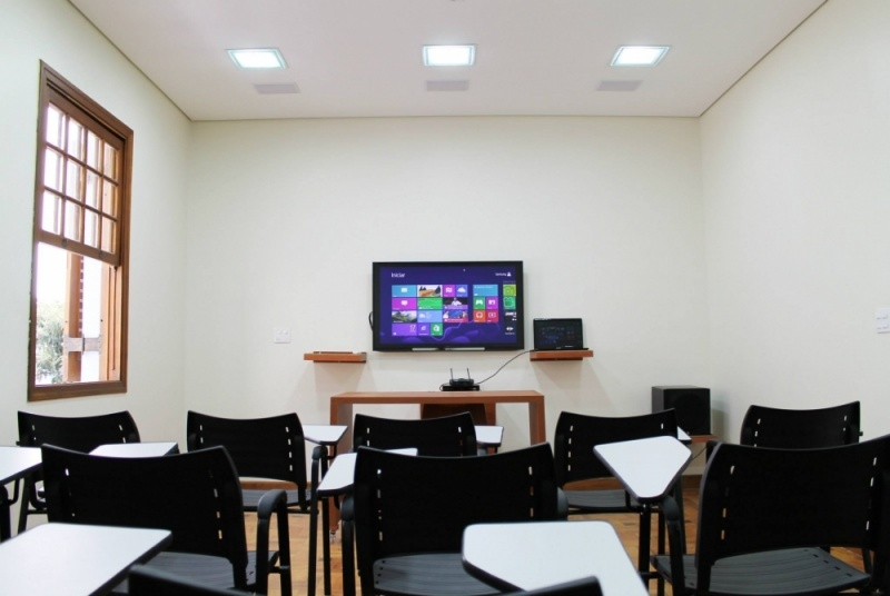 Quanto Custa Aluguel de Sala para Treinamento de Empresas Moema - Aluguel de Sala de Estudo